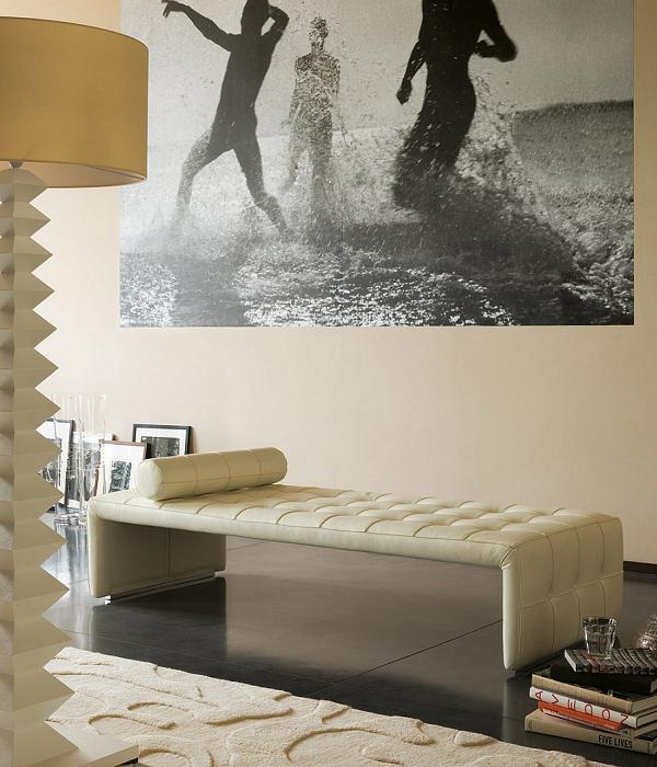 Panca da salotto in pelle dal design raffinato