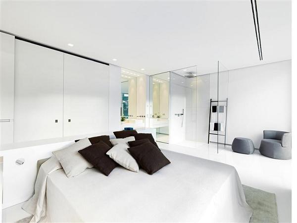 Altra camera da letto dal design pulito e moderno