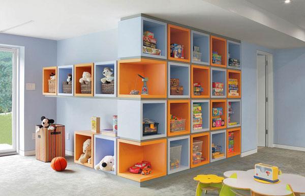 Colorati e pratici armadi e ripostigli per i giocattoli dei più piccoli