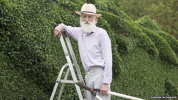 Un giardiniere estremamente bravo (e molto innamorato)