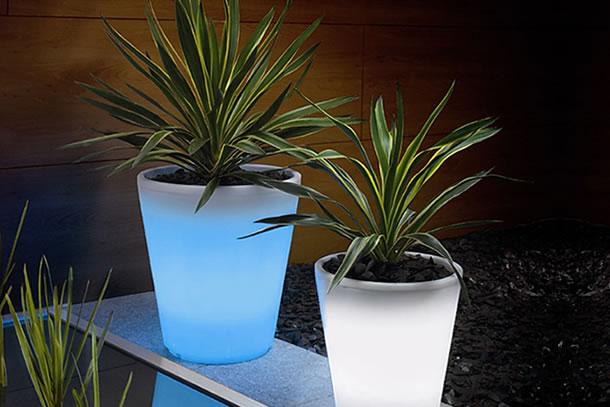 Il vaso solare, che (di notte) si illumina
