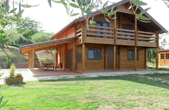 Aumentano le case costruite in legno ecco il perch for Case costruite a prezzi accessibili