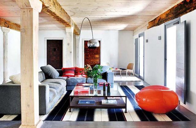 Arredare una casa in stile rustico e moderno
