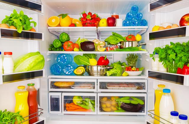 Come risparmiare sulla bolletta usando meglio il frigorifero