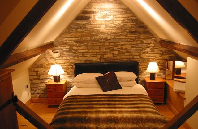 trasformare una mansarda in camera da letto - Mansarda Camera Da Letto