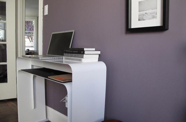 Una scrivania o una consolle pagina 2 di 2 for Costo scrivania