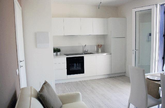 Come arredare casa in affitto senza spendere troppo for Appartamento arredato affitto villaverla
