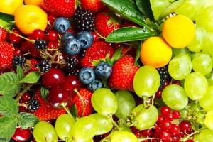 Mangiare frutta a fine pasto fa bene!