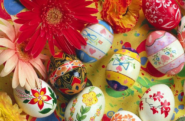 dipingere le uova