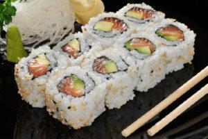 Come servire il sushi in tavola