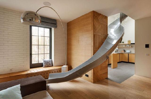 appartamento con scivolo