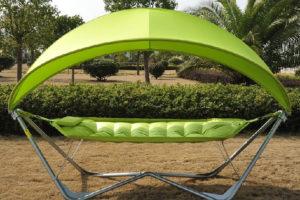 L'amaca a forma di foglia, relax e comfort assicurati