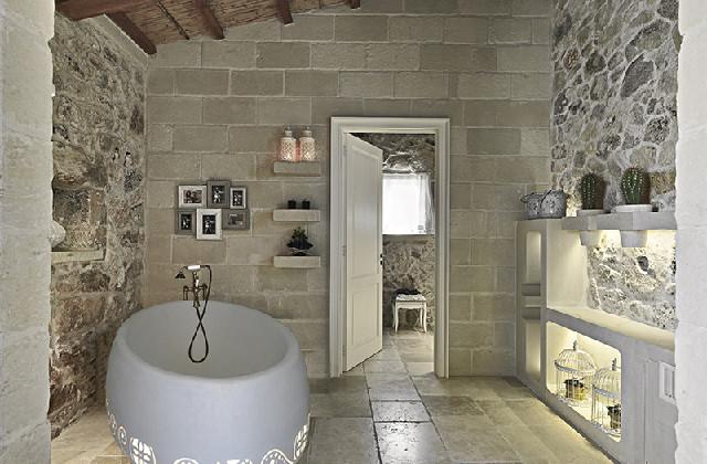 Scegliere la pietra in bagno per un effetto di rustica - Bagno rustico moderno ...