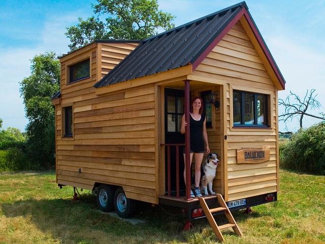 Cosa fare per collocare una casa mobile in legno su un terreno privato