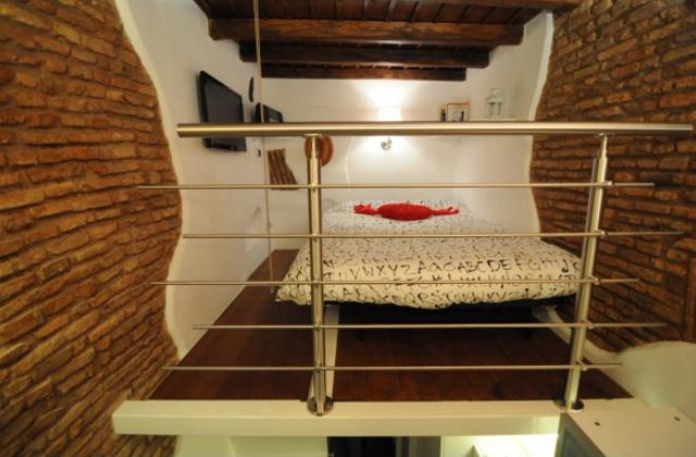 La casa pi piccola d 39 italia misura solo 7 metri quadrati for Scala metri quadrati