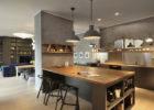 parete divisoria tra cucina e soggiorno