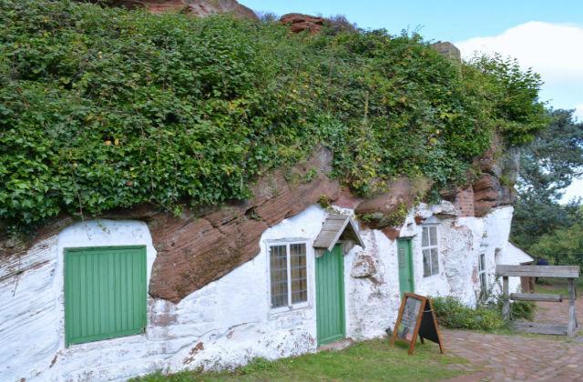 Il villaggio degli hobbit che ha ispirato tolkien pagina - Conviene costruire casa prefabbricata ...