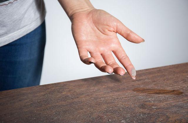 polvere tavolo