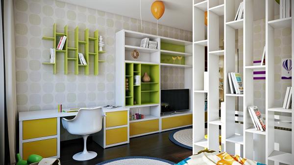 Gli scaffali aperti rendono la stanza più luminosa