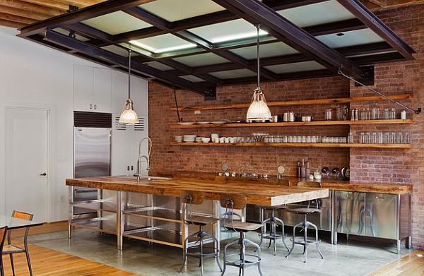 Affascinante miscela di legno, acciaio e mattoni!