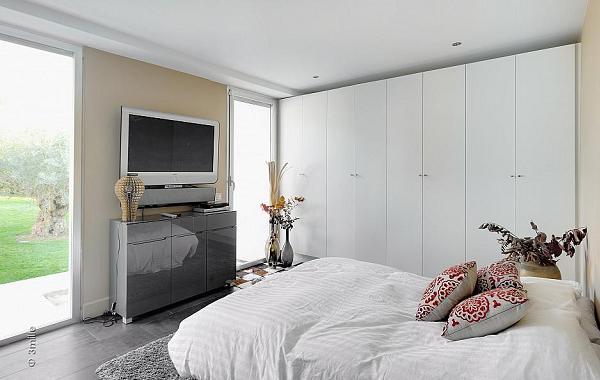 Le camere da letto sono ampie ed eleganti