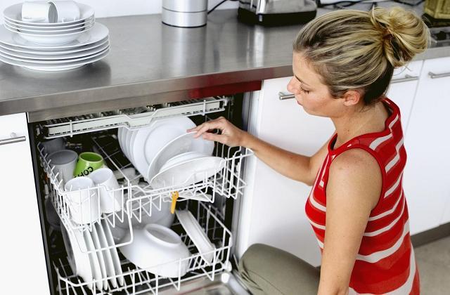 seguite i nostri consigli su come risparmiare utilizzando bene la lavastoviglie