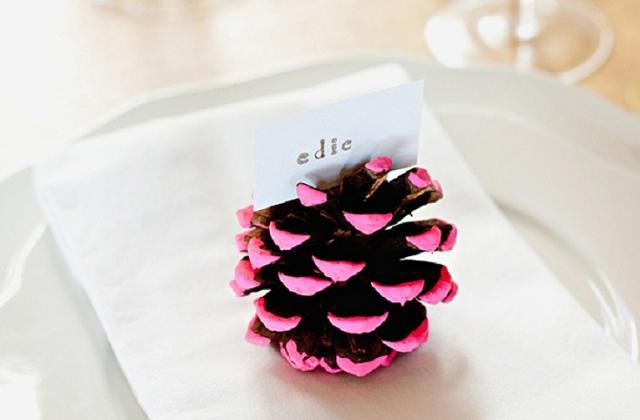 Pigne segnaposto per la tavola di Natale