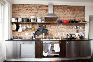 Come scegliere il colore più adatto per la cucina