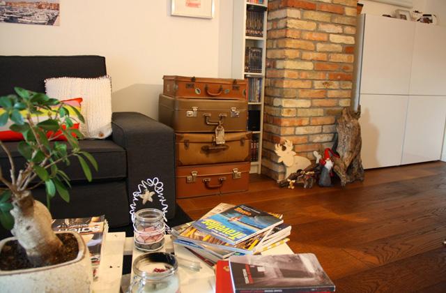Arredare il soggiorno con pochi soldi idee low cost for Idee per arredare casa con pochi soldi