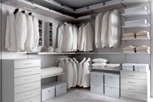 Le cabine armadio ad angolo, un sogno per molte donne
