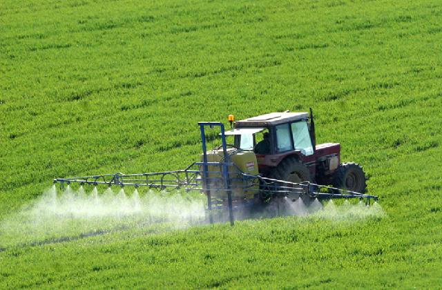 pesticidi agricoli
