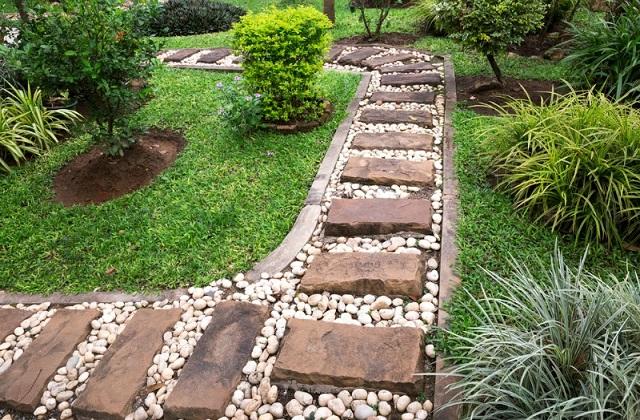 Come scegliere la pavimentazione giusta per il vostro giardino