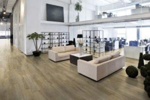 Scopri tutti i vantaggi dei pavimenti in pvc effetto legno