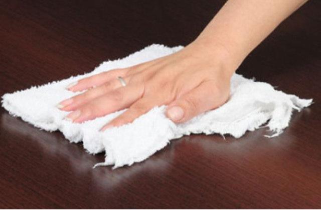 Come eliminare la polvere con i panni naturali fatti in - Detersivi naturali fatti in casa ...
