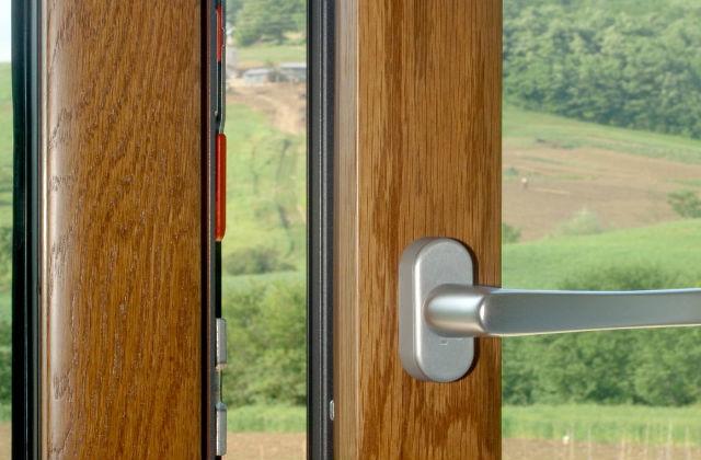 Infissi di casa legno alluminio o pvc pagina 3 di 3 for Infissi in pvc a basso costo