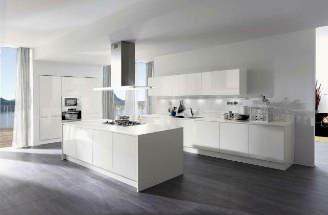 pavimento cucina laminato