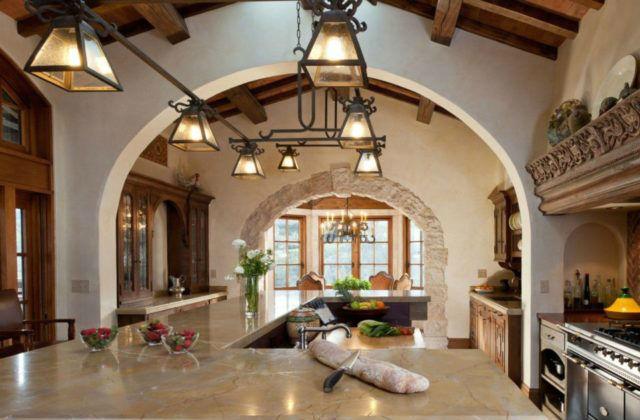 arredamento di casa in stile spagnolo